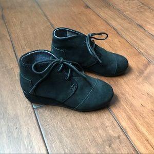 Toms black suede wedge bootie-size 13-New